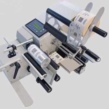 Etichettatrice semiautomatica per prodotti cilindrici